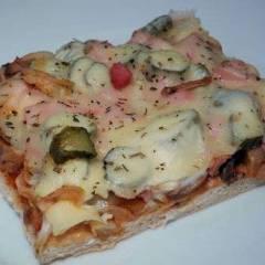 фото рецепта Пицца с колбасой и грибами