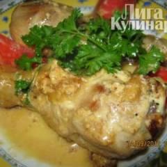 Куриная голень в сырном соусе