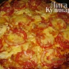 Тонкая итальянская  пицца с томатами