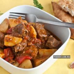 фото рецепта Тушеная баранина с картошкой