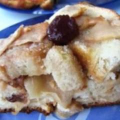 фото рецепта Шарлотка из черствого хлеба