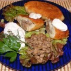 Картофельные котлеты с фаршем и грибами