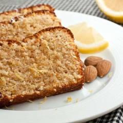 фото рецепта Лимонный кекс с миндалем