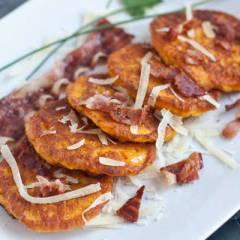 фото рецепта Несладкие оладьи из тыквы с сыром