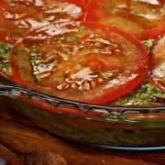 фото рецепта Салат из помидоров с песто