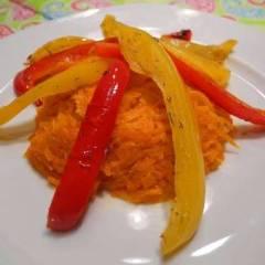 фото рецепта Закуска из жареных перца с морковью