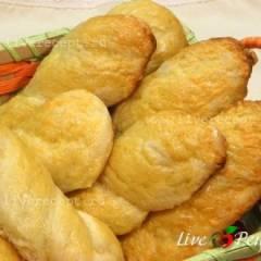 Булочки сырные с картофелем