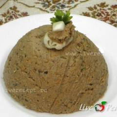 Паштет из печени с имбирем и черносливом