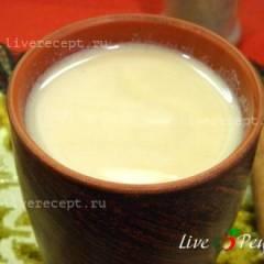 Имбирный чай с молоком и кардамоном