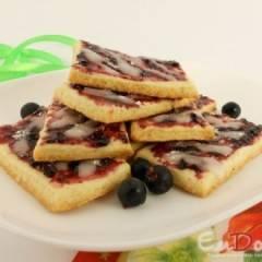 Печенье песочное с вареньем и глазурью