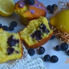 Лимонные кексы с черникой