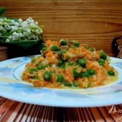 Горошек  с морковью  в молочно сметанном соусе