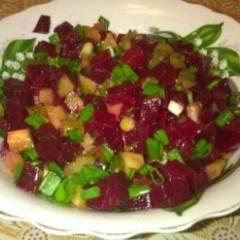 Салат со свеклы и огурцов