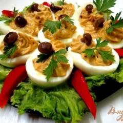Яйца фаршированные жареными шампиньонами