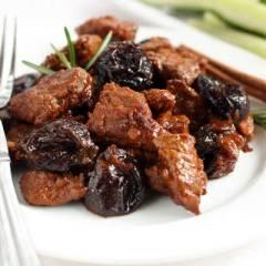 Мясо с черносливом