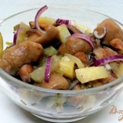 фото рецепта Салат из огурцов и грибов