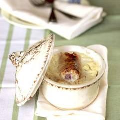 фото рецепта Блинчики с творогом, запеченные в сметане