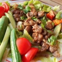 Шашлык на сковородке  с овощами