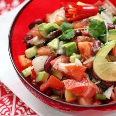 фото рецепта Техасский новогодний салат с авокадо