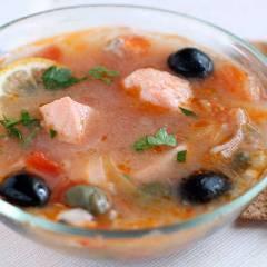 фото рецепта Рыбная солянка с семгой