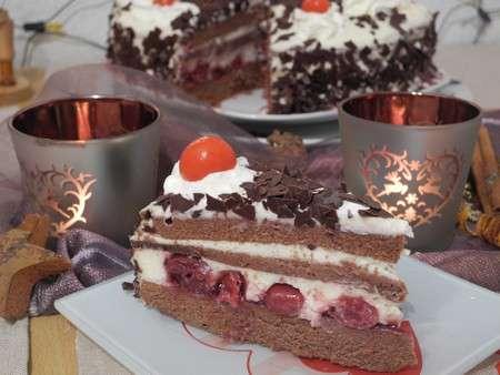 Шварцвальдский вишневый торт Черный лес