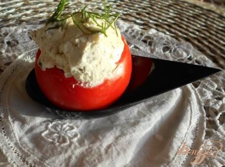 Помидоры фаршированные сыром с чесноком