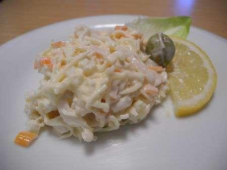Салат из крабовых палочек и сыра