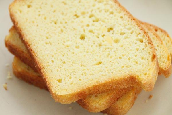 Обязательно остудите хлеб прежде чем нарезать.<br>  Приятного аппетита!